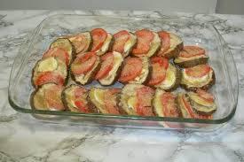 cuisiner des aubergines facile recette aubergines au four la recette facile