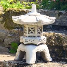 japanese garden ornaments statues pagoda lanterns