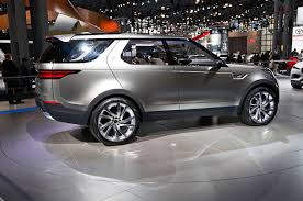 land rover discovery concept spied land rover discovery hits the streets of vegas