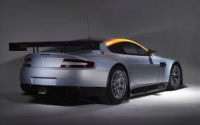 aston martin gt3 almond holiday free wallpaper and screensavers for aston martin