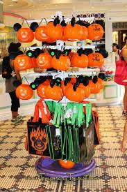 halloween haunted house ideas cheap halloween party decoration