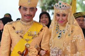 sultan hassanal bolkiah wives brunei royal wedding and the bride wore gold diamonds rubies