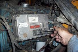 bus mechanic diesel mechanic international dt 466e valve