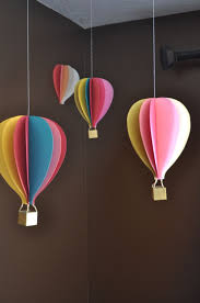 hot air balloon inspired decorations that will take you to cloud