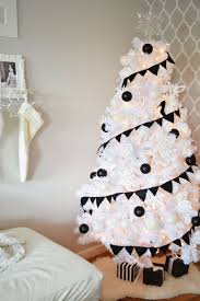 black and white tree decorations skirt