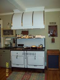 Retro Kitchen Design Ideas Vintage Stoves And Other Retro Gallery Also Kitchen Pictures