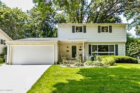 Home Design Studio Byron Mn 2021 13th Avenue Nw Rochester Mn 55901 Mls 4082766 Coldwell