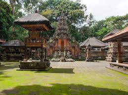 monkey forest ubud bali indonesia n inside the central monkey forest temple jpg