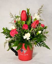 Flowers Delivered With Vase Best 25 Valentine Flower Arrangements Ideas On Pinterest