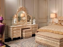 Louis Bedroom Furniture Brilliant Best 25 White Gold Bedroom Ideas On Pinterest White Gold