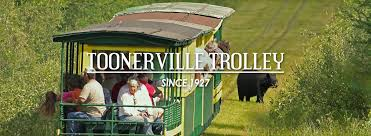 Michigan wildlife tours images Toonerville trolley upper peninsula train boat tours jpg