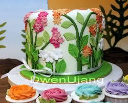 dwen the cool things i love flower and garden wedding cake