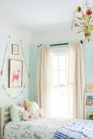 rideau chambre bebe fille idées en 50 photos pour choisir les rideaux enfants