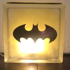Batman Lights Best 25 Batman Lamp Ideas On Pinterest Diy Resin Lamp Diy