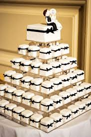 wedding cake and cupcakes wedding cake cupcakes best 25 cupcake wedding cakes ideas on