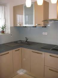 verre de cuisine crédence de cuisine et plan de travail en verre laqué cannes