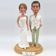 custom wedding cake toppers hawaiian themed wedding cake toppers