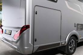 𝞝 hymer exsis i 𝞝 exterior view and stowage compartments