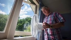 fan faces on a stick can t sleep because of the heat try this clever fan trick stuff co nz