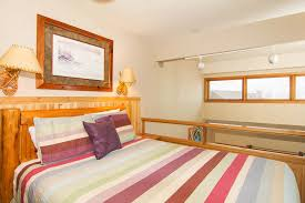 Lofted Bedroom by Condos Caribou Highlands
