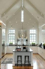 ilot central dans cuisine 45 idées en photos pour bien choisir un îlot de cuisine ceilings