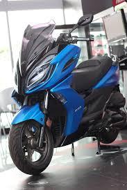 kawasaki j300 abs y kymco k xct 300 motociclismo es scooter