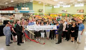 new 100 000 square foot h e b opens in cypress creek lakes