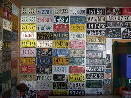 License Plate Usa Map by Old License Plates Here U0027s 20 Ingenious Projects You Can Do