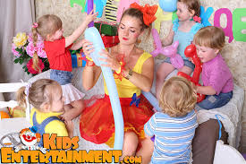 rent a clown for a birthday party new york kids entertainment magicians clowns characters bounces