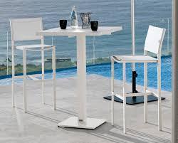 Garden Bar Table And Stools Manutti Enyo Garden Bar Stool Modern Garden Furniture
