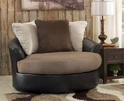 Accent Chair For Living Room Brief History Of The Swivel Accent Chair Home Decorations Insight