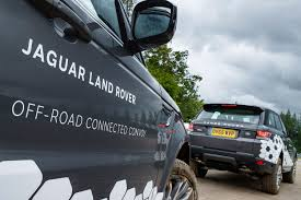 jaguar cars 2016 2016 jaguar land rover technology showcase digital trends