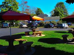 file a w boscobel outdoor seating area panoramio jpg