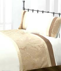 Where To Get Duvet Covers Duvet Covers Gold Beige Colour Modern Stylish Damask Bedding