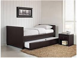 amazon com stratus twin daybed and trundle brown faux leather bed