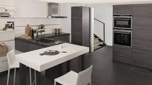 faience grise cuisine model de faience pour cuisine cuisine grise et blanche avec