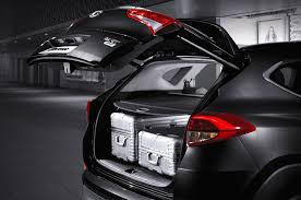 nissan maxima cargo space 6 unusual new features in the 2016 hyundai tucson