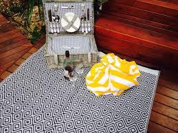 Kimberley Outdoor Rug Black And White Plastic Outdoor Rug For Patio Plastic Outdoor
