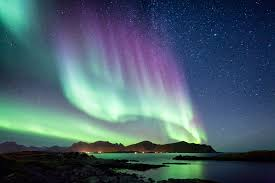 Best Time To See The Northern Lights In Iceland The Aurora Borealis Northern Lights In Scandinavia