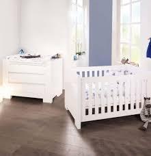ensemble chambre bébé pas cher étourdissant commode bebe pas cher avec chambre bebe winnieourson