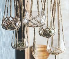 Diy Hanging Planters by Here Are Some Diy Instructions To Make A Hanging Plant Holder