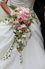 cascading bouquet cascading bouquet wedding cascading bouquets