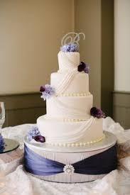 wedding cake stand handmade wedding cake stand this looks beautiful wedding