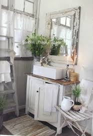 Country Bathroom Decor Best 25 Country Bathrooms Ideas On Pinterest Rustic Bathrooms