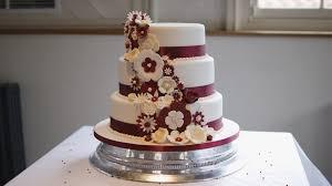 3 tier wedding cake pictures wedding cakes 3 tier wedding cake assembly 3 tier wedding