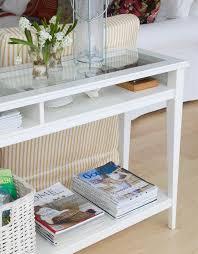 plateau de canapé table console adossée au canapé de salon plus de 50 idées