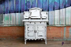 muebles decapados en blanco decapado en blanco y negro atmosphera bcn