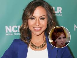 why comedian anjelah johnson doesn u0027t diss trump in new epix comedy
