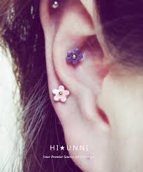 cartilage earing 16g mini flower cartilage earring flower ear stud helix conch