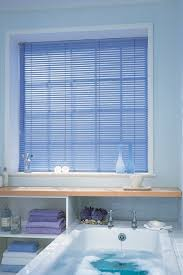 Blinds For Uk How To Choose A Blind For The Bathroom Made To Measure Blinds